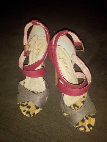 Sandálias semi novas  - Foto 2