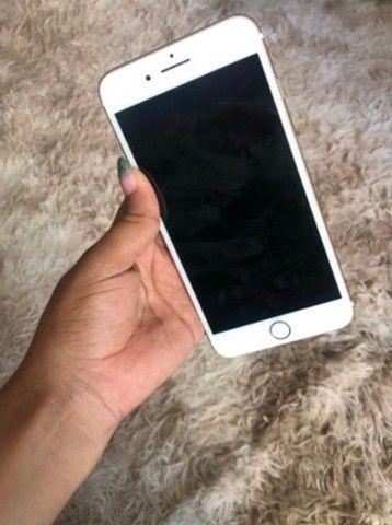 iPhone 7 Plus 32gb Gold $1750,00