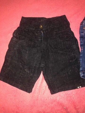 Lote de roupa calça jeans ,shot e bulsa da Cea 15$ - Foto 5
