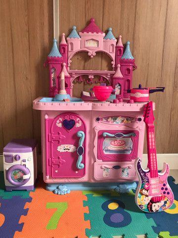 Brinquedo cozinha das princesas  - Foto 5