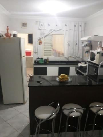 Vendo Casa 3/4 em condomínio fechado, no Setor Eli Forte - Foto 4