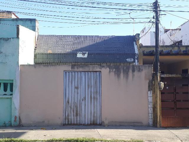 Prédio Comercial 174,90m² na Av. Jovita Feitosa