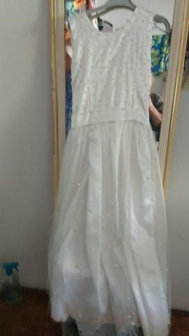 Vestido branco para madrinhas,de alianças ou coisas do tipo,