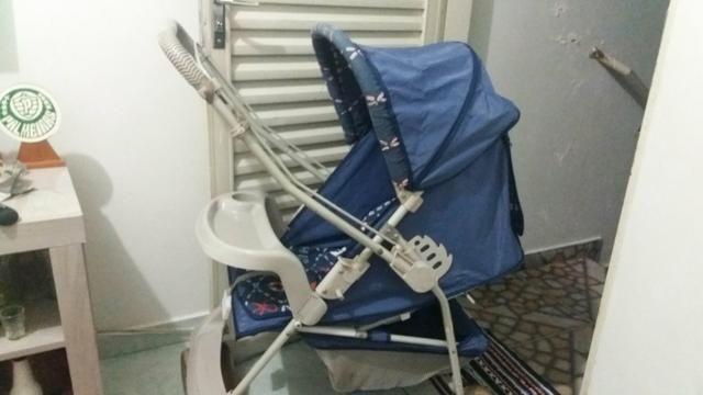 Vendo um carrinho e um bebê conforto bem conservado
