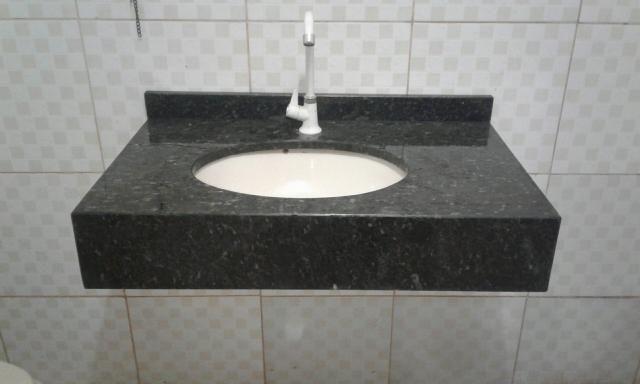 Serviços de instalação, mármores e granitos.