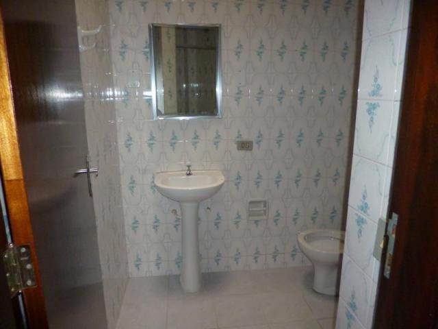 Sobrado com 3 dormitórios para alugar, 170 m² por r$ 1.800,00/mês - bacacheri - curitiba/p - Foto 20