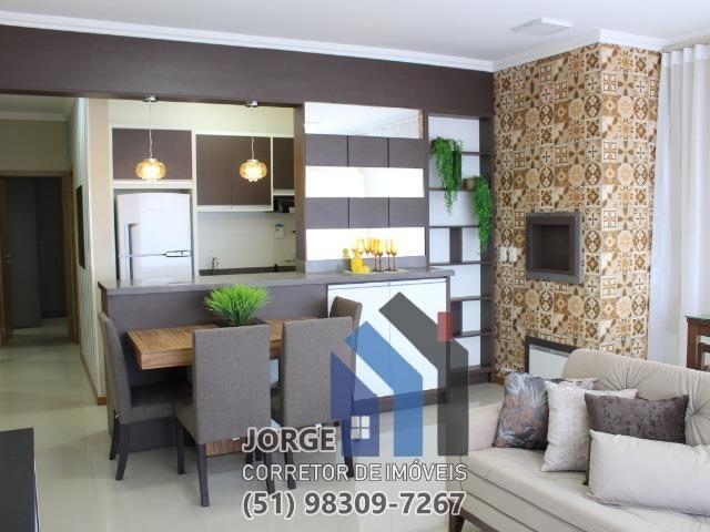 Apto 2 quartos alto padrão super mobiliado e decorado com vista para o mar