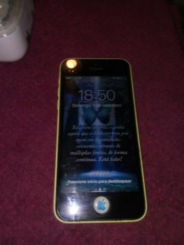 Iphone 5c 8g amarelo novíssimo sem risco algum - Foto 4
