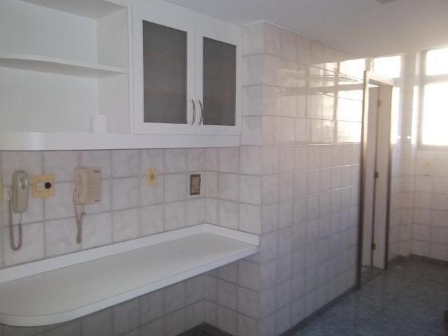 Excelente apartamento 3 quartos no Ingá - Foto 8