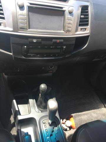 "Hilux CD SRV 2014/2015 a diesel 4x4 automática rodas 17"" oferta do dia ! - Foto 13"