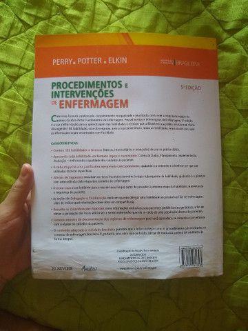 Livro de enfermagem procedimentos e intervenções - Foto 4
