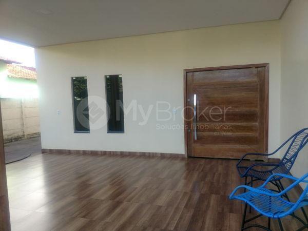 Casa sobrado com 6 quartos - Bairro Setor Central em Palmeiras de Goiás - Foto 3