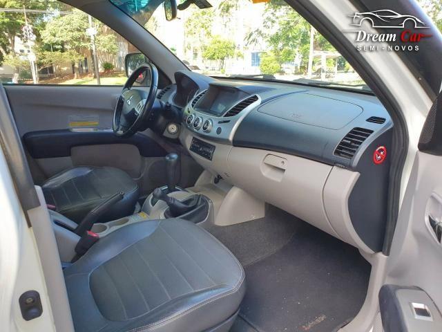 Mitsubishi L200 Triton 3.5 HPE 4x4 CD Flex automático IPVA pago 2013 - Foto 12