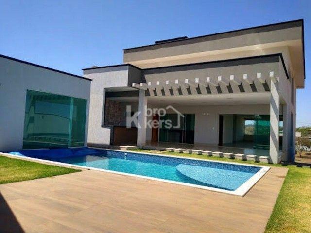 Casa à venda no bairro Condomínio do Lago - Goiânia/GO