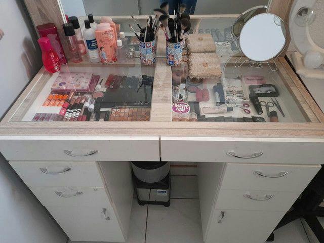 Bancada de maquiagem