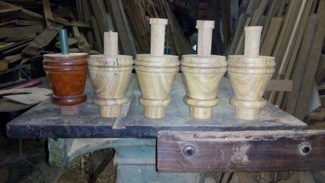 Confecção de peças de madeira torneadas - Foto 4