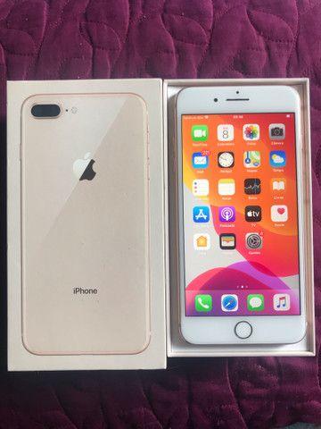 IPhone 8 Plus 64gb super conservado em 6x sem juros