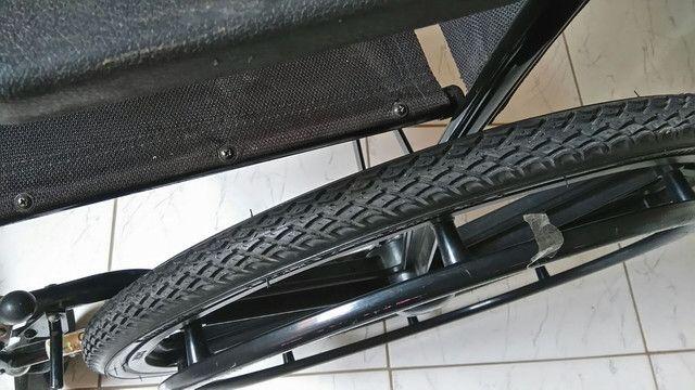Cadeira de rodas CDS - Foto 2