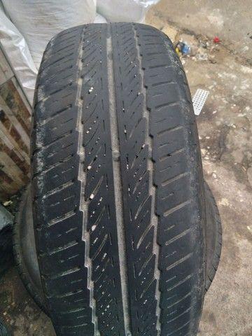 Vendo 4 pneus 14 seminovos e 2 meia vida - Foto 3