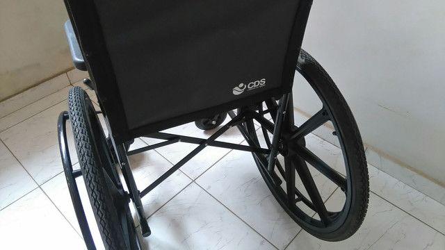 Cadeira de rodas CDS - Foto 3