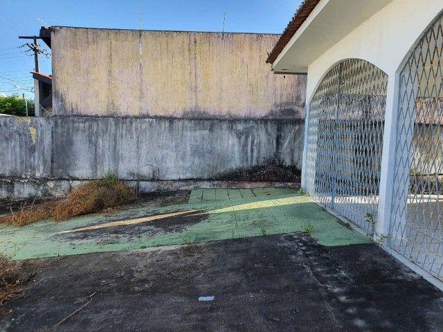 Linda casa com 04 quartos muito bem localizada no Cristo Redentor - Foto 15