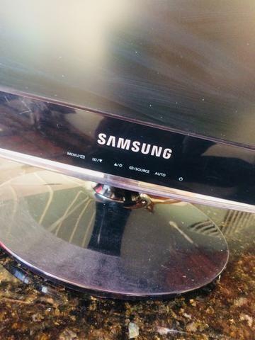 Monitor Samsung Modelo B1630N