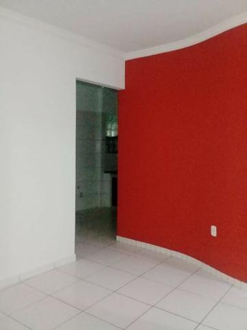Aluga Apartamento no 3° Andar - Centro Eunápolis/Ba