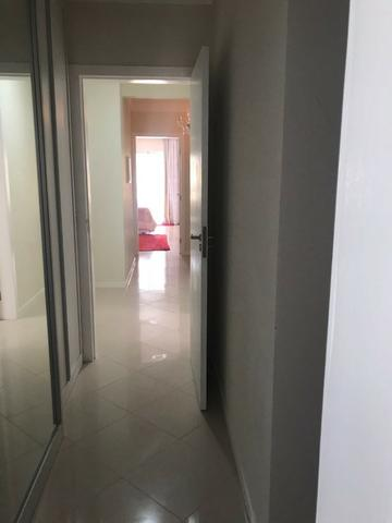 Com piscina privativa e sacada gourmet, cobertura duplex mobiliada à venda em Meia Praia - Foto 10