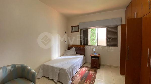 Casa com 4 quartos - Bairro Setor Central em Morrinhos - Foto 20