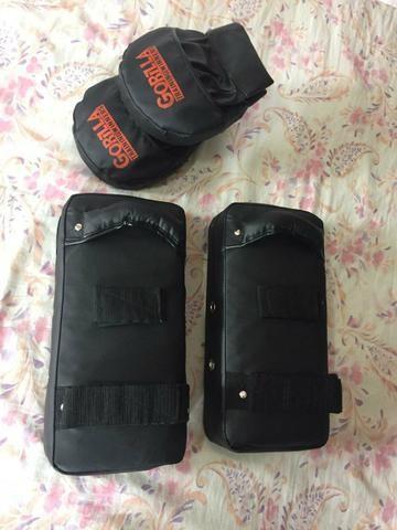 Kit aparador de chute e manopla - Foto 2