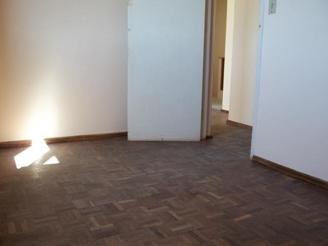 Apartamento dois dormitórios c/sacada grande, Fragata/Guabiroba - Foto 7