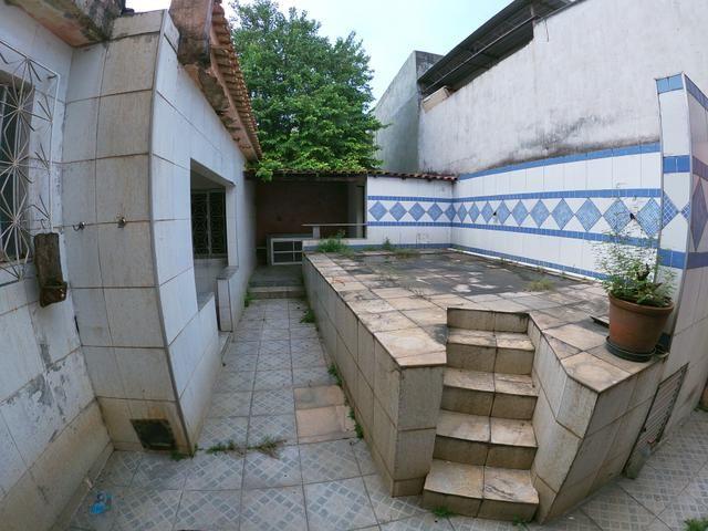 Terreno de 250m2 com 3 casas e quintal em Jardim América - Rio de Janeiro - Foto 3