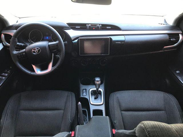 Toyota Hilux SR 2017 - Foto 13