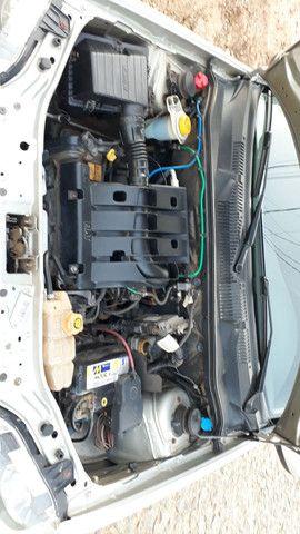 Fiat Palio economy 1.0 4P completo ar e direção c/apenas 108.000 km - Foto 2