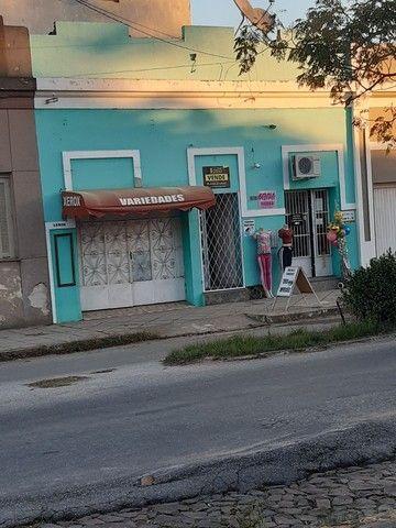 Casa em.frente a praça das carretas Bagr