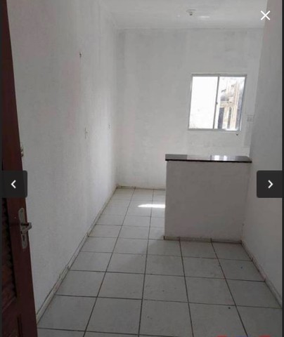 Alugo apartamento no Montese.