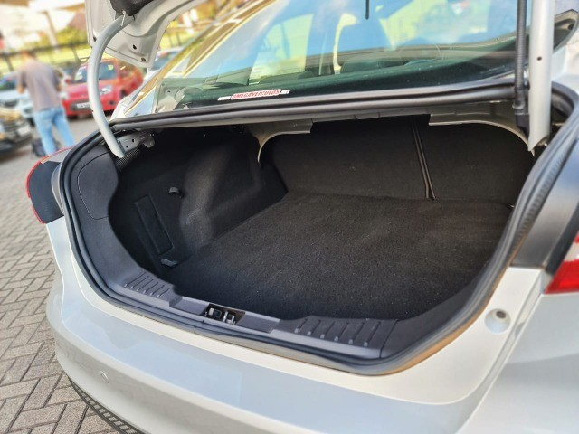 Ford Focus SE Automatico!! Baixo Km!! - Foto 6