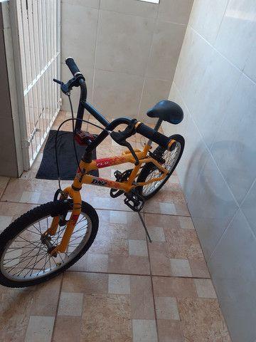 Vendo bicicleta, linda!!! Só buscar e andar!!! - Foto 5