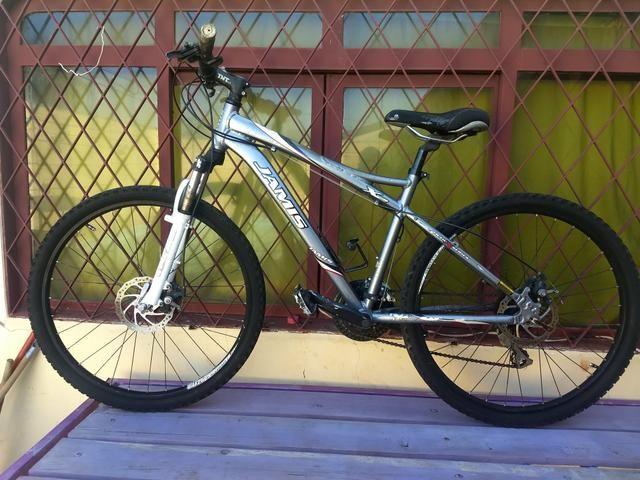 Bike jamis aro 26 toda Shimano