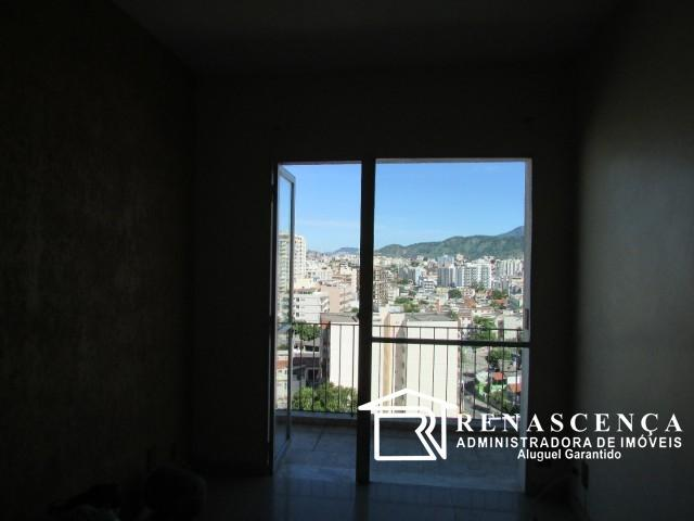 Apartamento - TODOS OS SANTOS - R$ 750,00