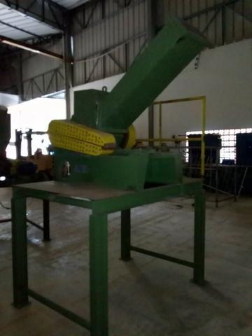 Moinho triturador de plástico Rone 350 x 300 mm - Foto 2
