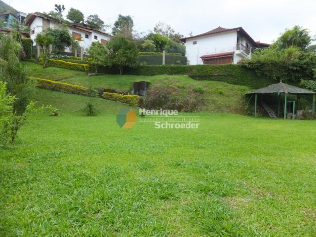 Terreno 800 m2 em condomínio de alto padrão, teresópolis, rj