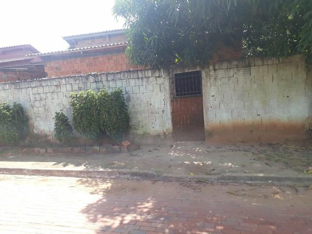 Casa titulada no bairro Santa Inês fone (68)99282-9085
