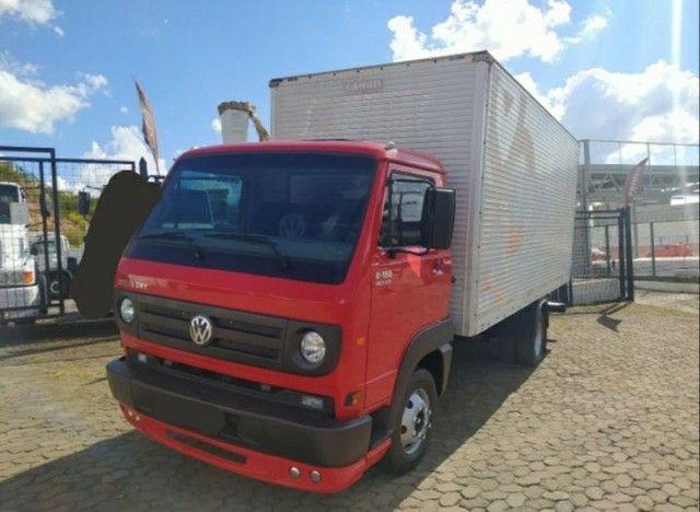 Caminhão Baú  Volksvagen 8-150 / 2008