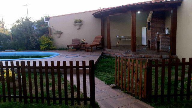 Casa diferenciada com piscina 4d centro pinhal - Foto 5