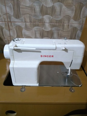 Maquina SINGER, novíssima !!