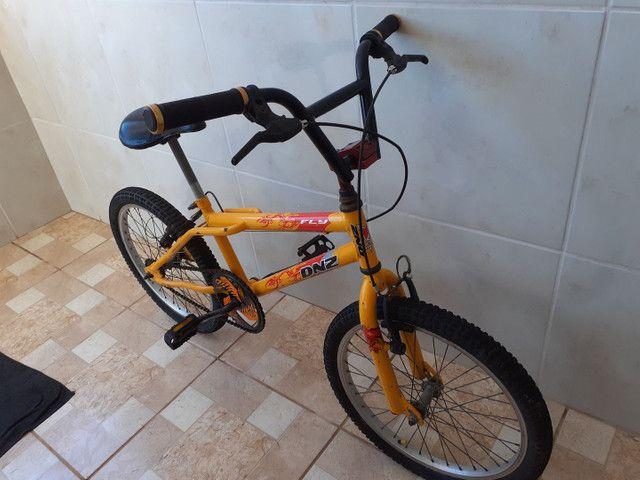Vendo bicicleta, linda!!! Só buscar e andar!!! - Foto 4