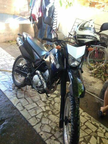 Lander 250cc para troca