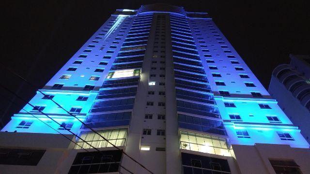 Apartamento NOVO 4 dormitórios Permuto (Leia c/ atenção)