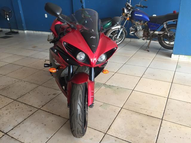 Vende-se ou Troca essa moto R1 nova zero
